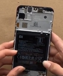 Ремонт замена стекла экрана Xiaomi Mi Play