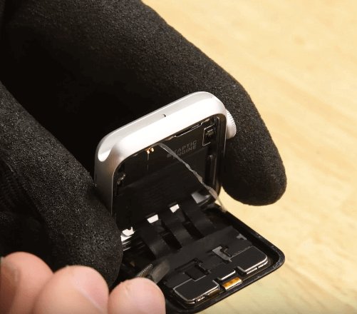 Ремонт замена стекла экрана дисплея Apple Watch Series 3