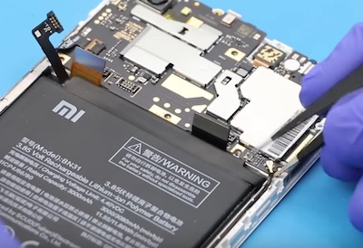 Ремонт замена стекла экрана дисплея Xiaomi Redmi Note 5A