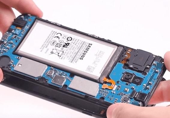 Ремонт замена стекла экрана дисплея Samsung A6 Plus A605