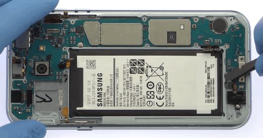 Ремонт замена стекла экрана дисплея Samsung A7 2017 (A720)