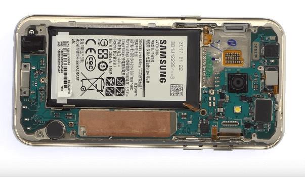Ремонт замена стекла экрана дисплея Samsung Galaxy A3 2017