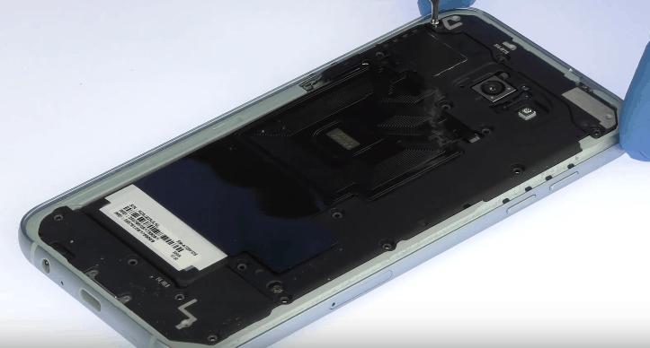 Ремонт замена стекла экрана дисплея Samsung Galaxy A7 2017 (A720)