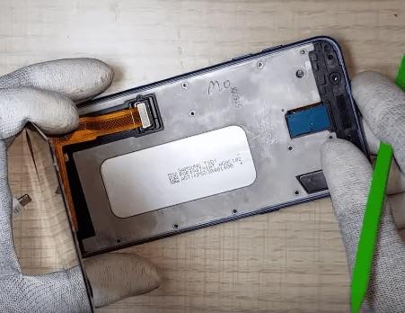 Ремонт замена стекла экрана дисплея Samsung Galaxy J8 2018 J810