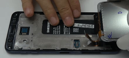 Ремонт замена стекла экрана дисплея Samsung J4 Core