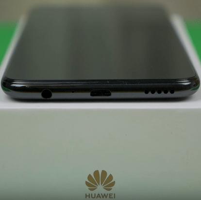 Замена стекла экрана дисплея Huawei P Smart 2019