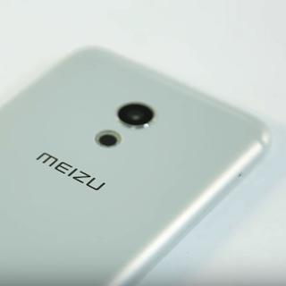 Как заряжать новый смартфон Meizu?