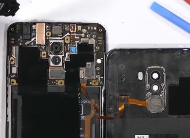 Ремонт замена стекла экрана дисплея Xiaomi Pocophone F1