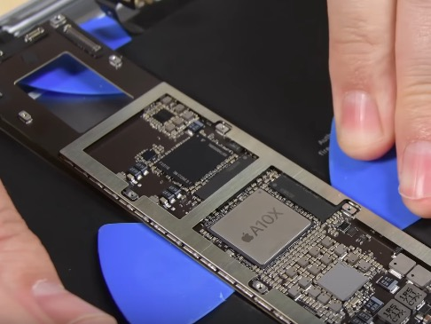 Ремонт замена стекла экрана дисплея Apple iPad