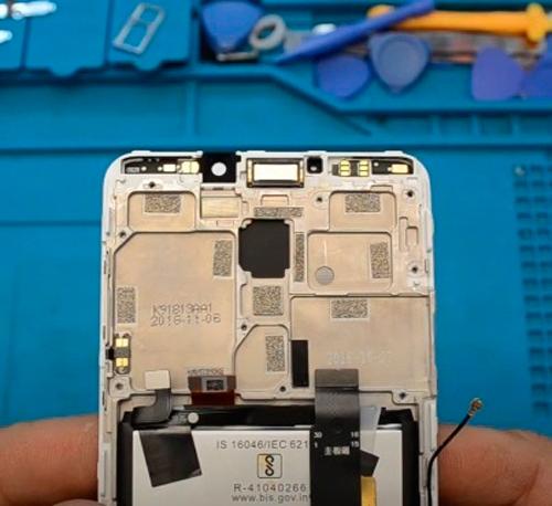 Ремонт замена стекла Meizu M8 Lite