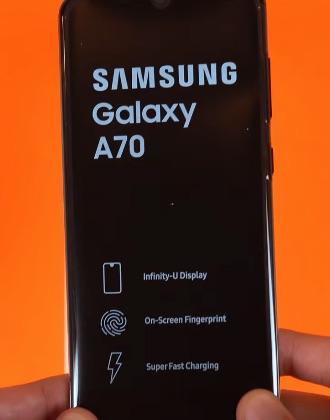 Ремонт замена стекла экрана дисплея Samsung Galaxy A70